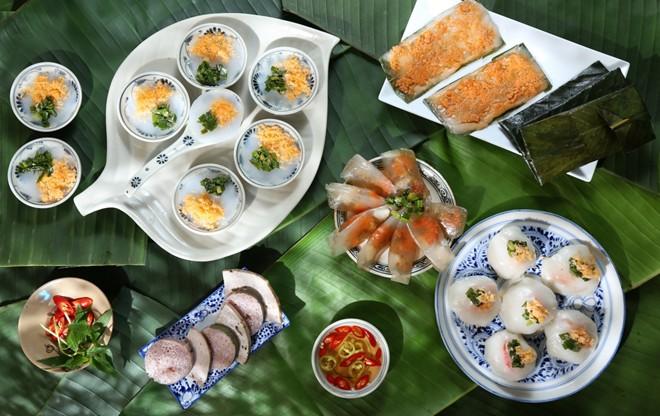food-in-hue-vietnam
