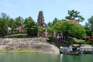 thien-mu-pagoda-vietnam