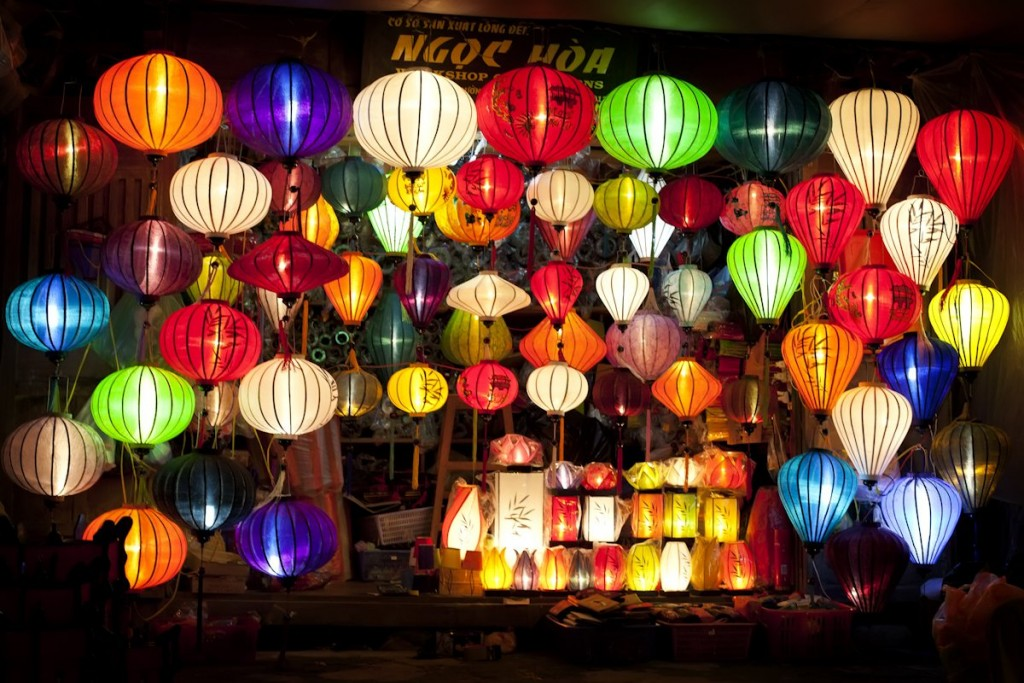 lantern-in-hoi-an-old-town-of-vietnam