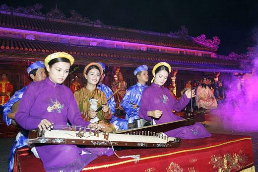 royal music- city of Hue