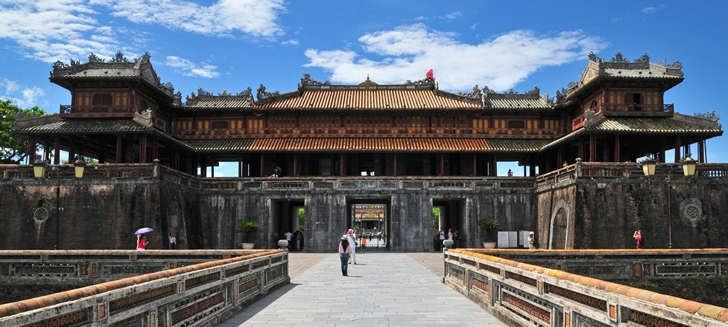 hue-citadel-in- hue city tour