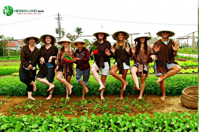 tra que village hoi an biking-and-cooking-private-tour