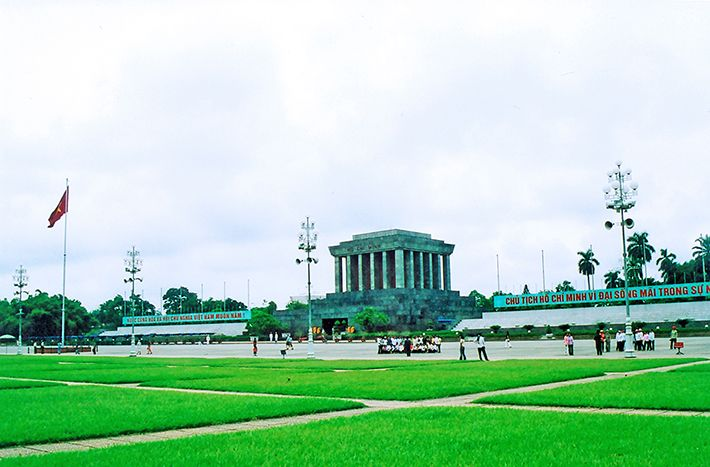 Amazing Facts About HO CHI MINH MAUSOLEUM - Hidden Land Travel