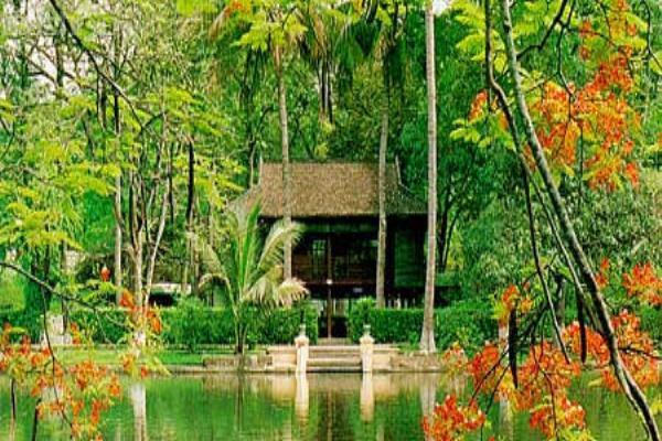 Stilt House in Ho Chi Minh mausoleum