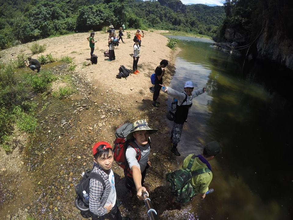 Hang En cave-kingdom of swallows within Phong Nha - Hidden land travel